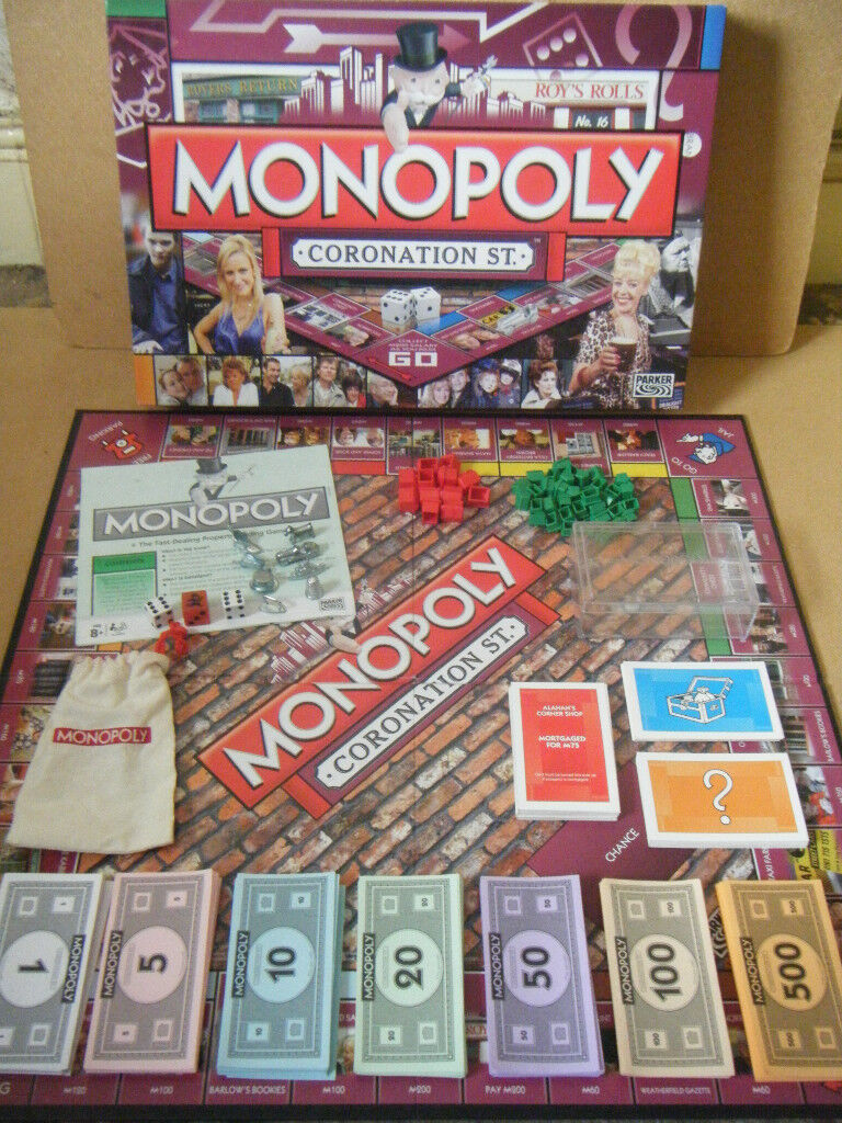 Monopoly (Coronation Street) board game. Parker games 2009. Complete.