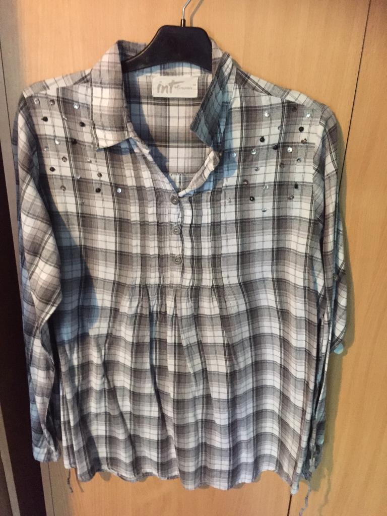 Shirt size 14 in excellent conditionin Hartlepool, County DurhamGumtree - Shirt size 14 in excellent condition. Buyer collects and texts only please