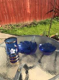 Vase and fruits bowls