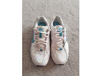 Nike trainers size UK 5.5