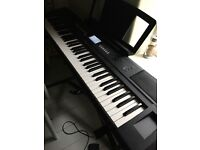 Yamaha Piagerro NP-V80 including Stand & Sustain Pedal