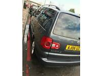 VW SHARAN 2.0 TDI *FULL SERVICE HISTORY* *AUTOMATIC* *FRONT & REAR SENSORS* * 2OWNERS*