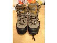 Scarpa 44.5 EU walking/mountaineering boots