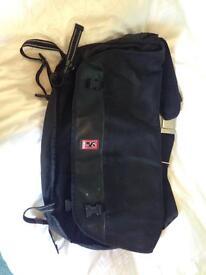 Chrome messenger bag black (L)