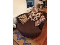 High quality swivel sofa chair - moving out so quick sale needed