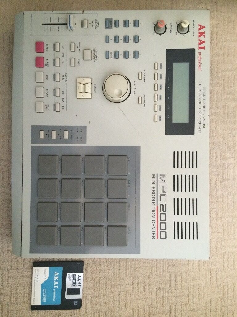 Akai MPC2000. Classic sampler and Midi Production Centre.