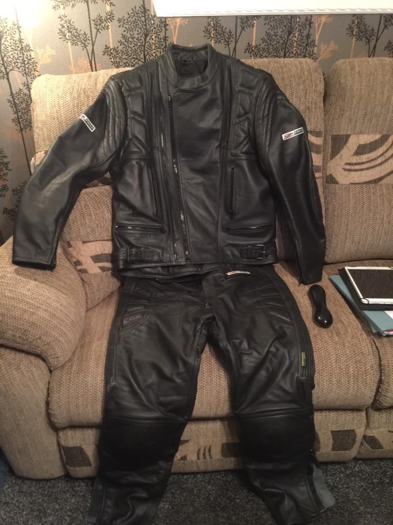 Akito motorbike leathers