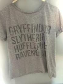 Grey Harry Potter houses t-shirt