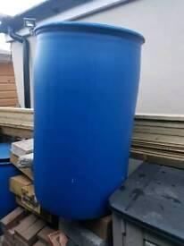 205 liter Water barrell