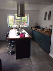 large double room in a very modern house near city centre