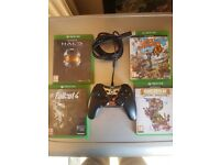 Xbox one bundle pad & games