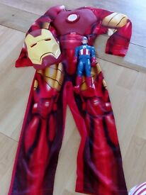 Iron man dressing up 5/6 with lights, and captain america both excellent condtion!!!!!