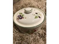 St Micheal's Ashberry - 2 small lidded casserole dish and matching condiment set
