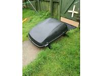 Roof box and bars (halfords)