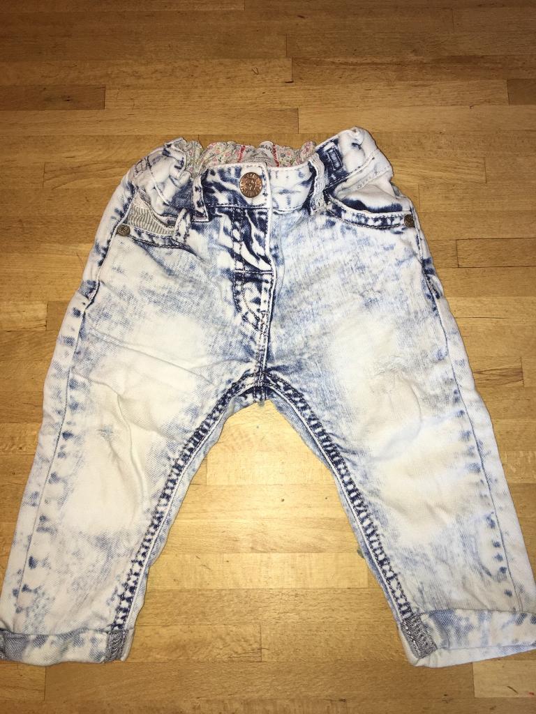 Baby girls worn acid wash jeans 6-9 Months from next