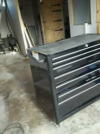 Snap On 7 drawer tool chest