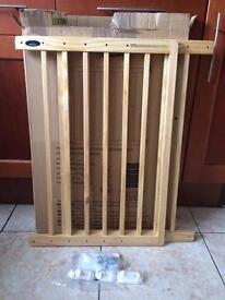 Wooden baby Start safety Gate