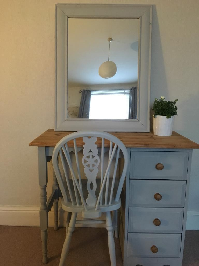 Dressing Table Chairs And Stools: Dressing Table, Chair And Mirror