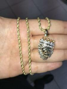 10k Yellow Gold And 0.54ct Diamond Lion Pendant Set With Diamond Cut Rope chain