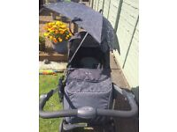 Grey Silvercross Pram & Isofix Base (full travel system)