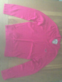 Hollister V-neck Icon Men's Jumper in Cerise (Large) (never worn)