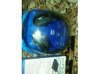 Ps4 headphones brand new packed