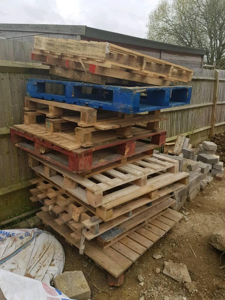 Wooden Pallets   in Twyford, Berkshire   Gumtree