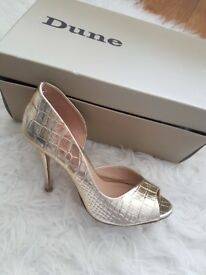 Dune Gold Leather Metallic Dorsay Peep, only worn once, very good condition, size 4