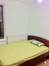 Lovely Double room to rent for Software Professionals