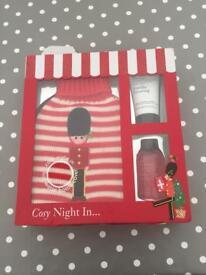 Baylis & Harding gift set