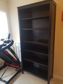 Bookcase, in good condition