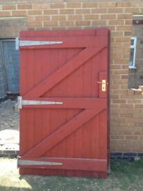 Side gates
