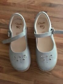 Girls grey clarks shoes