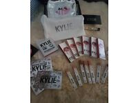 Kylie Cosmetics By Kylie Jenner Lip liners, Glosses, Lip Kits, Kyshadow Palettes,Holiday Collection