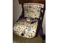 Munchkin booster chair / bag