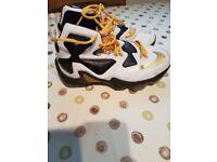 Nike LeBron James Basketball Shoes Size 7.5