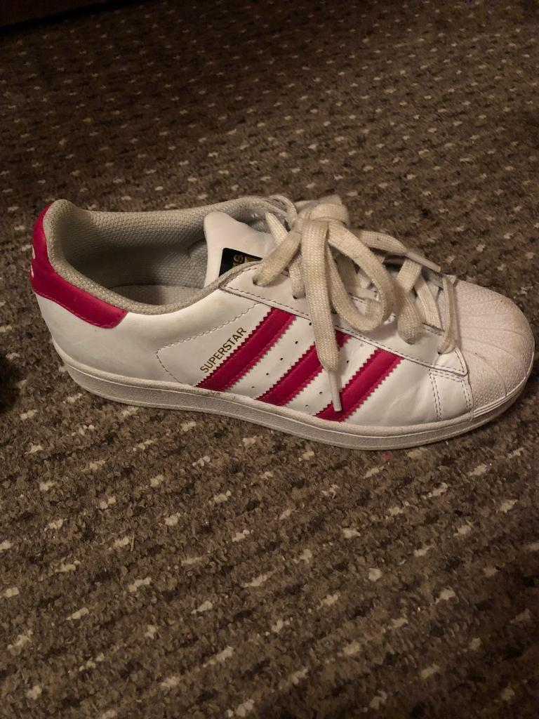 Size 3 pink and white superstars. Perfect condition  d81bb835b82a