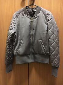 H&M satin, slightly padded jacket. Size: Eur 38. Good condition
