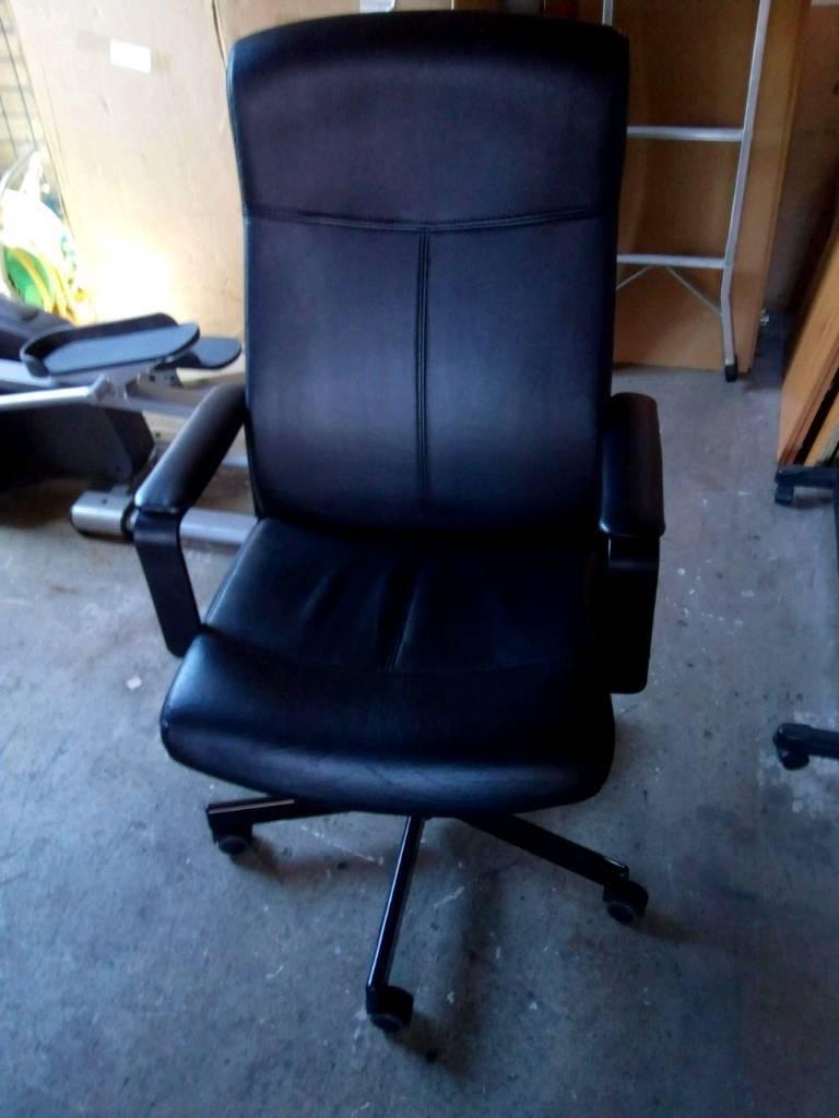 Ikea Malkolm Desk Computer Office Swivel Chair