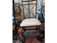 glass table & 4 matched chairs -in very good condition