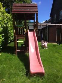 Jungle gym climbing frame. - Excellent Condition