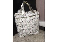 Hello kitty bag , white and gold