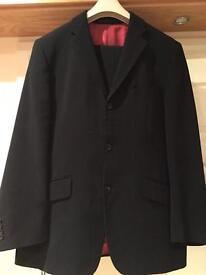 Men's Remus Uomo Black suit/subtle pin stripe