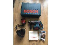 Bosch cordless hammer drill 2x batteries new