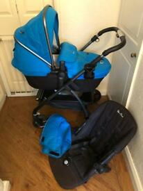 Silver Cross Graphite Frame And Sky Blue Hood And Footmuff Wayfarer Pram