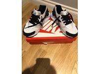 White & Black Nike Huarache size 5.5