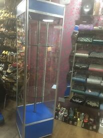 Glass showcase/display and foot stool