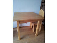 Solid child wood table and chairs