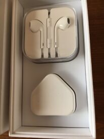 Apple iPhone 6s 64gb Silver White Unlocked warranty till January 2019