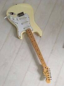Fender Squier Stratocaster 1984/7 E6 series 60s reproduction Made in Japan.